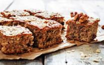 Gezond tussendoortje: Fruit, noten en zaden koek