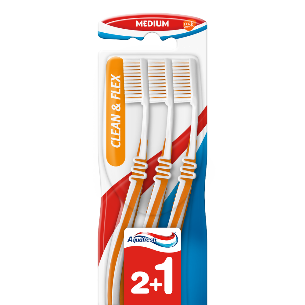 Aquafresh Tandenborstel Clean & Flex Medium Trio kopen